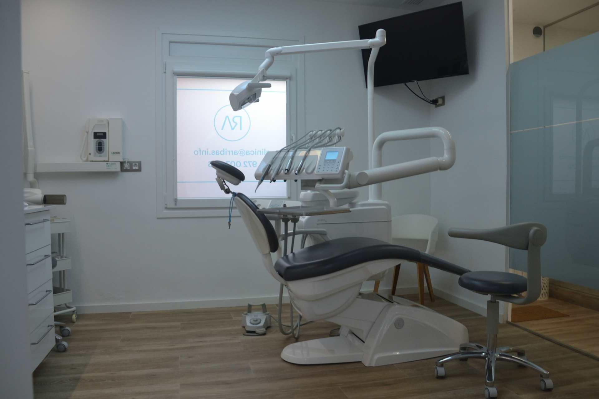 clínica dental gerona