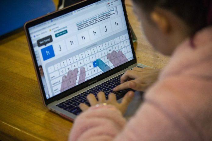 0 ordinadors per cedir temporalment als alumnes per seguir el tercer trimestre des de casa