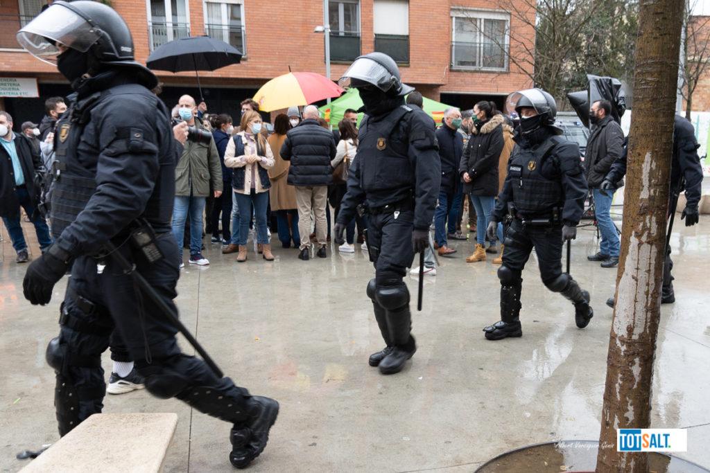 Acte VOX i manifestació Antifeixista Salt 7 de febrer de 2020